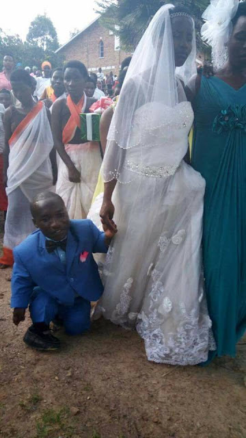 Photo of a bride and her physically challenged groom goes viral
