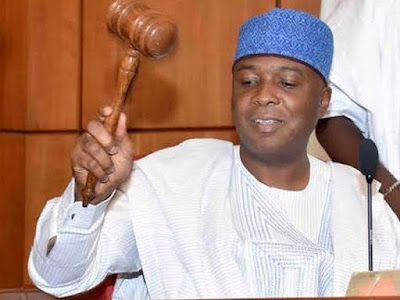 BREAKING: Saraki Sneaks Into Senate In Rickety Car, Decamps To PDP With 15 Senators