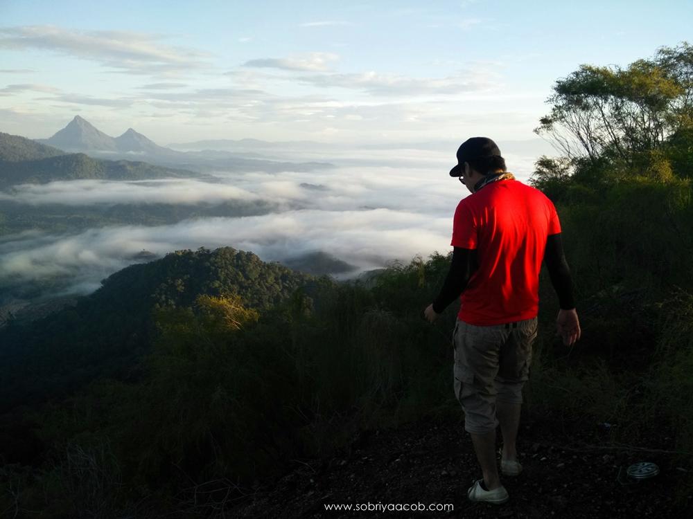 87 Gambar Awan Diatas Gunung Paling Bagus