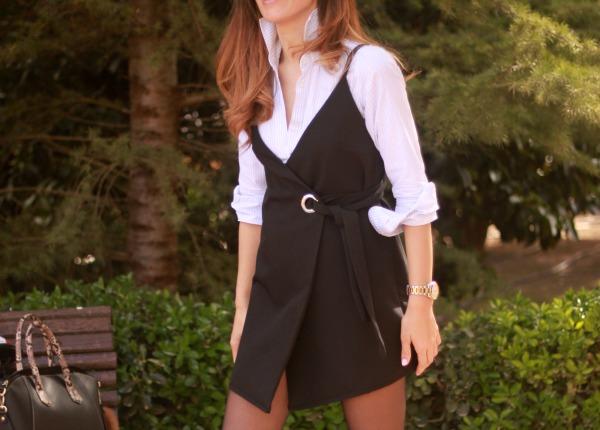 Vestido pichi, little black dress, corte clasico