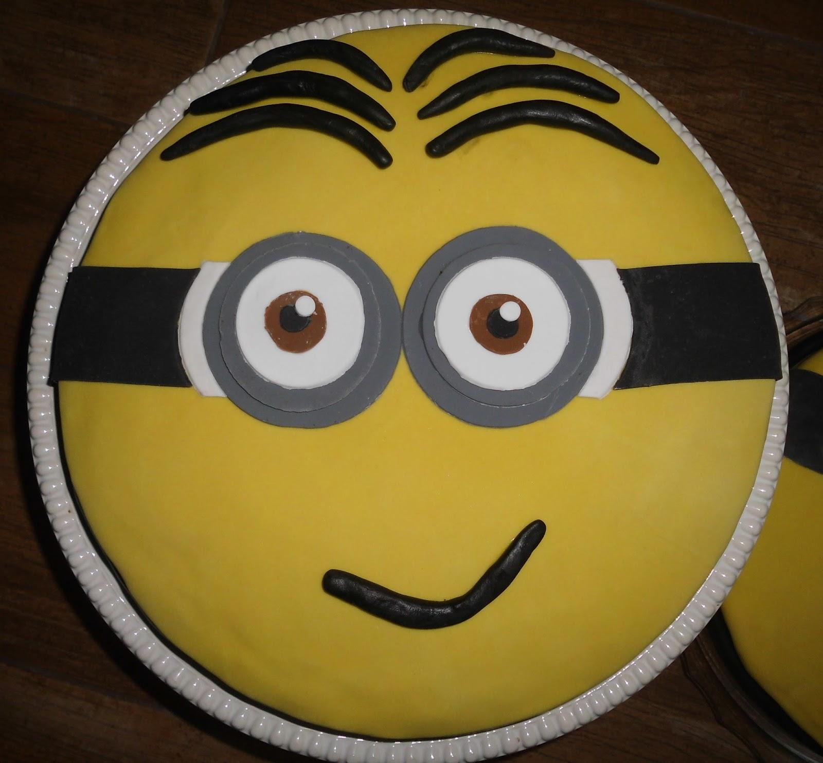 zocha nht: Minion-Fondant-Kuchen zum Geburtstag