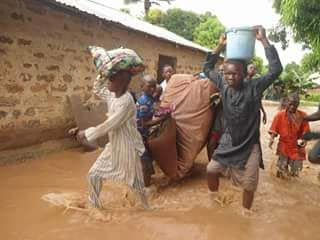 Heavy flooding forces residents to flee in Niger State