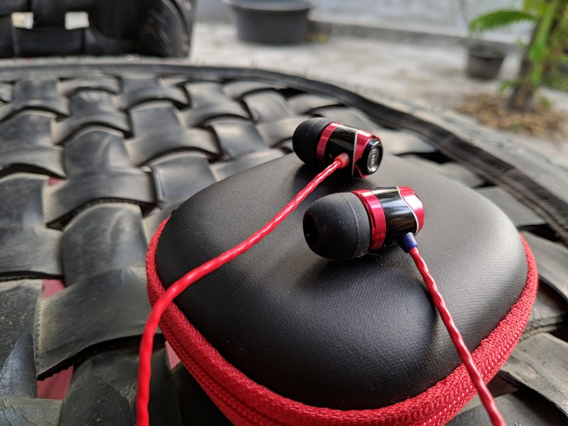 Soundmagic E10C Review