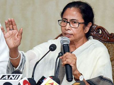 মুখ্যমন্ত্রী মমতা বন্দ্যোপাধ্যায় সোমবার বলেছেন যে নাগরিকত্ব সংশোধন আইনের বিরুদ্ধে একটি প্রস্তাব রাজ্য বিধানসভায় কয়েক দিনের মধ্যে স্থানান্তরিত করা হবে ।West Bengal will bring resolution against law in state Assembly