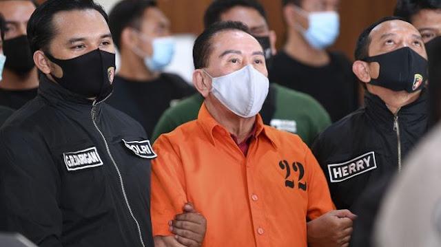 Djoko Tjandra Mengaku Suap 2 Jenderal Polisi untuk Hapus Red Notice