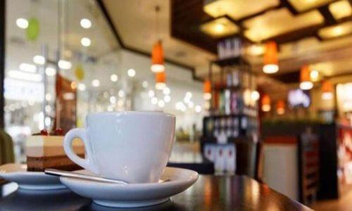 Οι καφέδες βγήκαν πολύ πικροί! Πρόστιμο δέκα χιλιάδων ευρώ επιβλήθηκε σε καφετέρια των Ιωαννίνων ενώ στους εννέα πελάτες που ήταν εντός του καταστήματος επιβλήθηκε πρόστιμο 300 ευρώ στον καθένα.