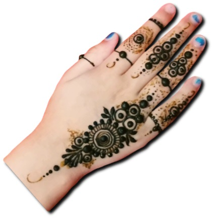 Beautiful Mehndi For Kids