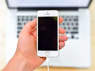 cara-charge-baterai-iphone.jpg