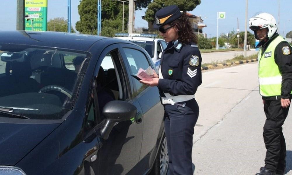 Με «όπλα» tablet και… POS εξοπλίζονται οι αστυνομικοί της Τροχαίας!