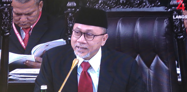 Lewat Pantun, Zulkifli Hasan Ajak Publik Dukung Jokowi-Maruf