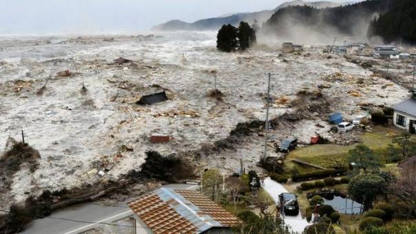 BMKG Akan Gelar Simulasi Gempa Pulau Jawa dengan Potensi Tsunami 20 Meter