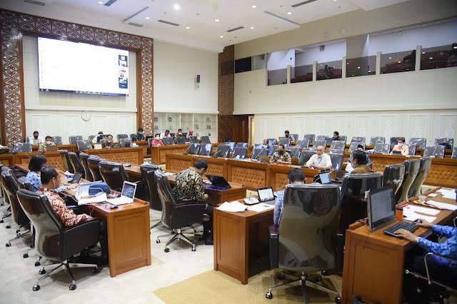 Sejumlah Fraksi di DPR Usul Perubahan Judul RUU Cipta Kerja