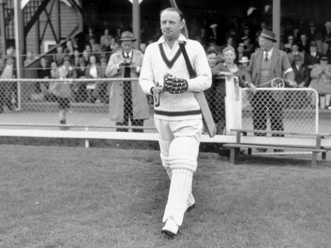 Top 10 Batting performances In Test Cricket History