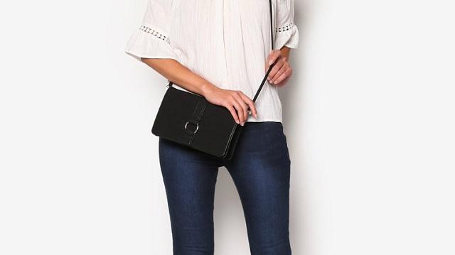 Clutch Bag Desain Elegan Untuk Wanita