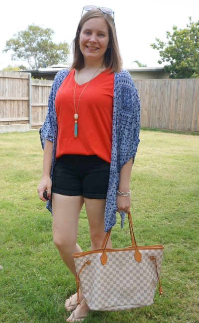 navy kimono with red tee and distressed denim shorts, louis vuitton neverfull tote for picnic park play date | awayfromblue