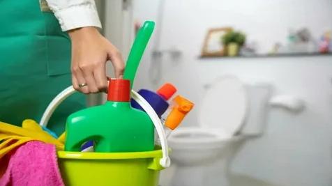 أفضل النصائح والطرق والخطوات المتبعة لتنظيف الحمام