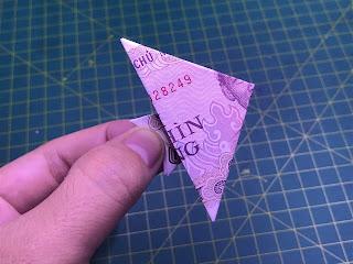 hướng dẫn cách xếp hình con cá cảnh bằng tiền giấy
