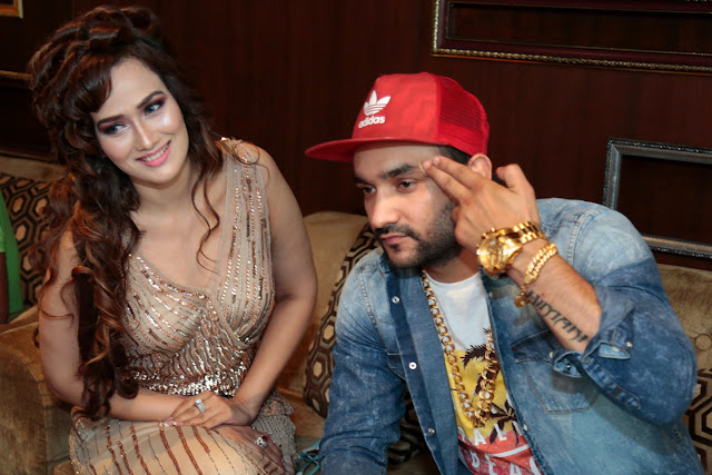Singer Priyanka Goyat with Rapper Fazilpuria at the launch of the Jimmy Choo song
