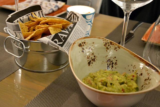 nachos-guacamole-restaurante-tiro-arco