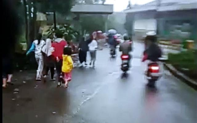 Viral Banjir Bandang di Puncak Bogor, Warga Panik Berlarian Selamatkan Diri