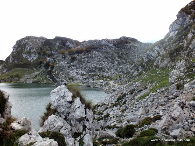 Lagos de Covadonga imprescindible en Asturias