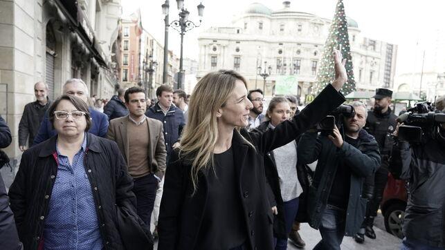 La plataforma 'Libres e Iguales' celebra la Constitución en Bilbao arropada por unas 500 personas fuertemente escoltadas