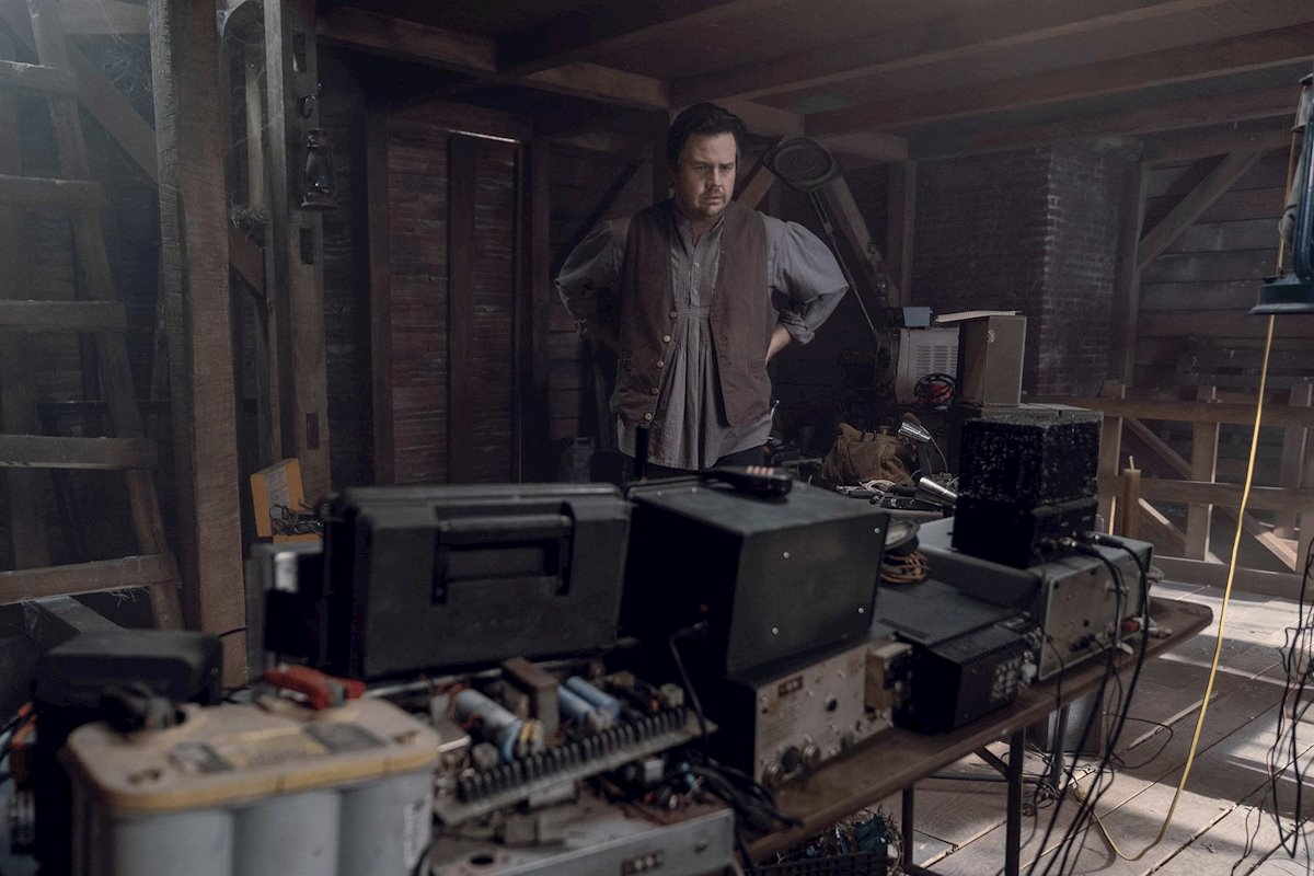 Eugene, en el episodio 10x06 de The Walking Dead