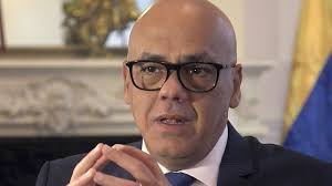 Jorge Rodríguez, calificó como una «cueva de ladrones» al diputado opositor Juan y sus secuaces
