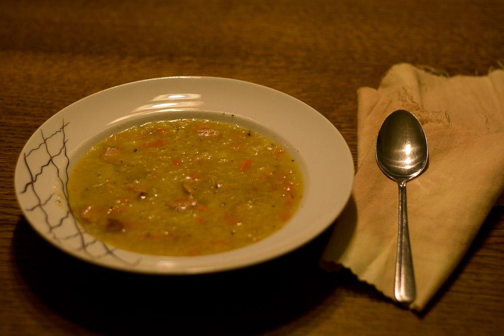 zupa z ryżem i kiełbasą krupnik