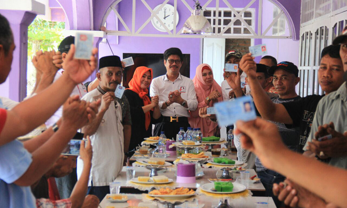 Eks Relawan Ilham-Aziz di Siwa Pamer KTP Dukung IYL-Cakka