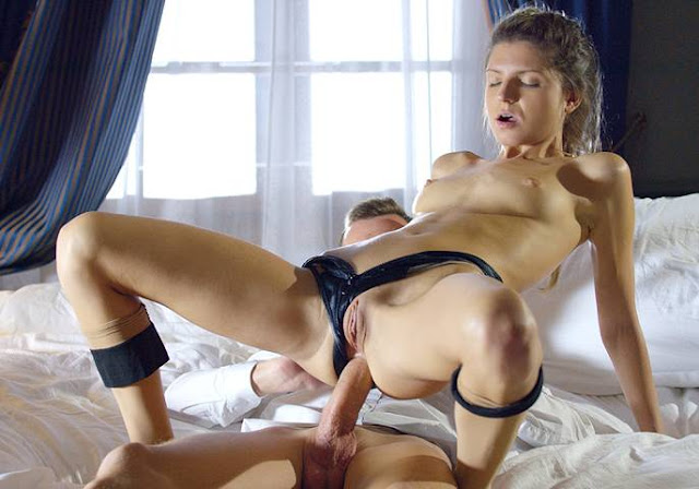 WoWPorn Bent Over For Anal