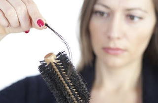 penyebab terjadinya rambut rontok parah