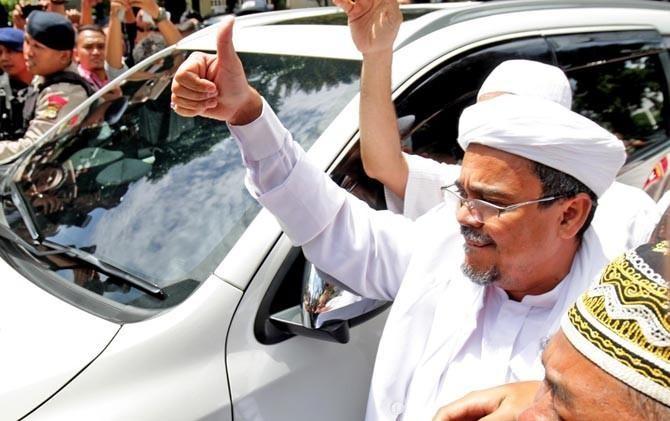 Haru.. Habib Rizieq Sampaikan Orasi Menggemparkan di Reuni Aksi 212