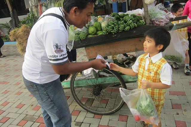 Meminta Tolong Anak Pergi Ke Warung Membawa Banyak Manfaat Loh