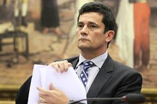 http://vnoticia.com.br/noticia/3754-celular-do-ministro-sergio-moro-sofre-tentativa-de-invasao