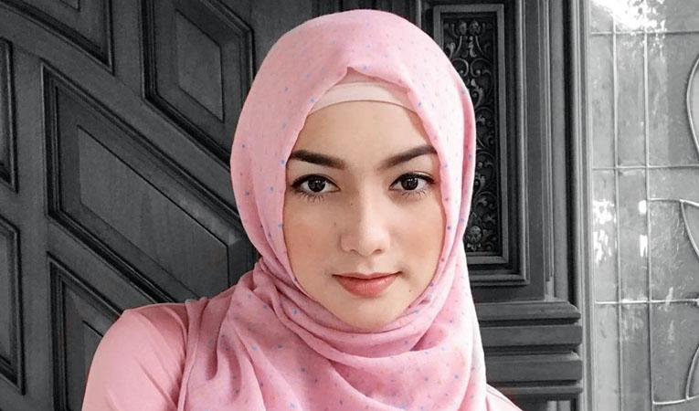 Kang Aje : Wanita Dilarang Tampil