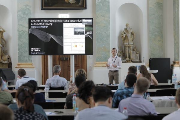 Image Attribute: Francesco Walker from the University of Twente won the BMW Summer School's Best Poster Award for his convincing research approach. August 8, 2018  ID: P90317775 / Source: BMW PressClub