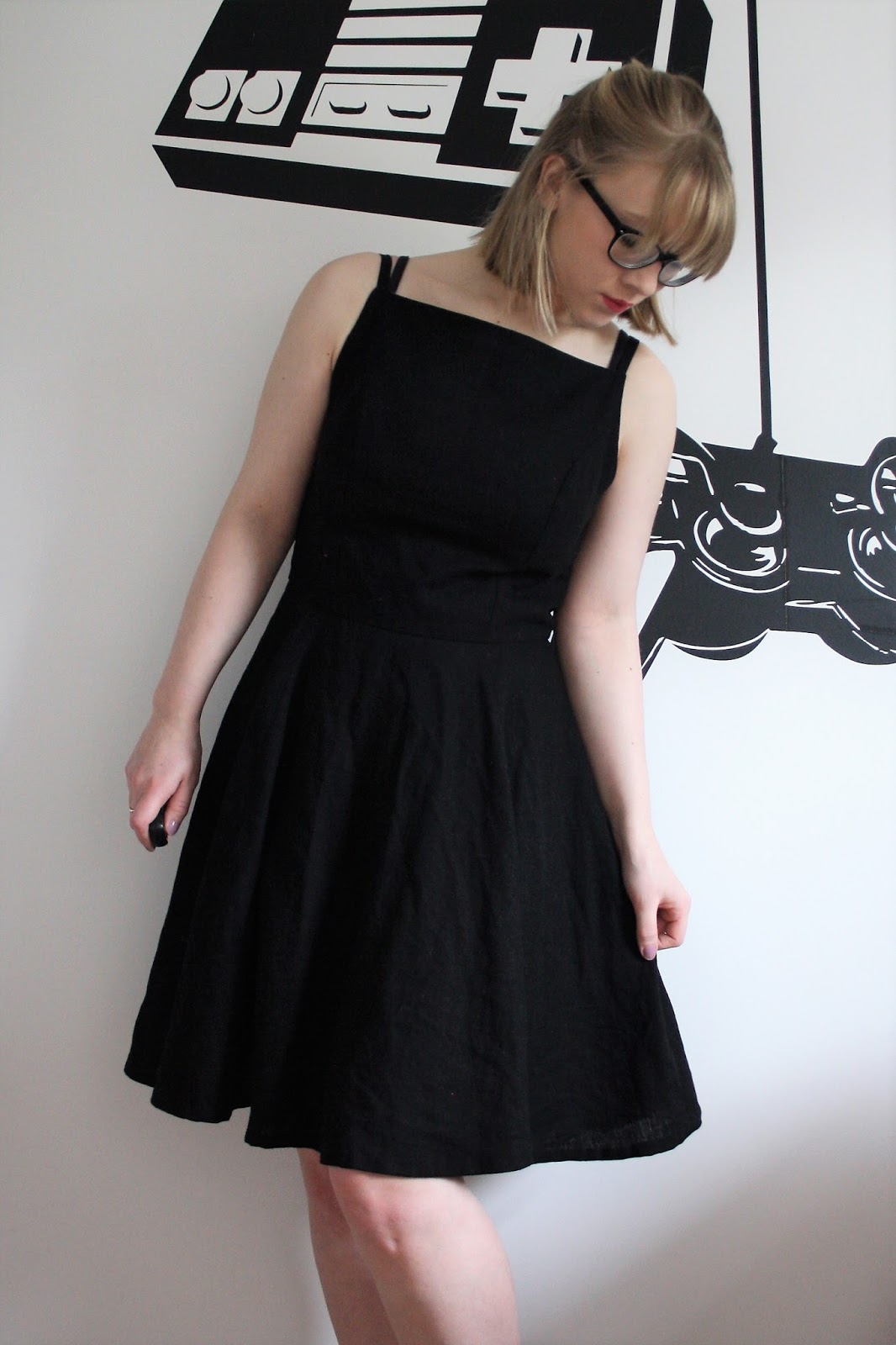 Audrey hepburns little black dress hawked off at auction new pics