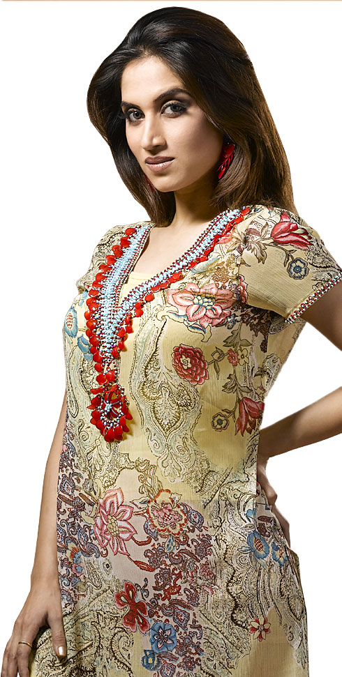 20bd7d9c96 It consists of a long or short blouse, a pant which can be baggy or tight  and a shawl. These can be wear as a casual wear, like for work, visiting  someone ...