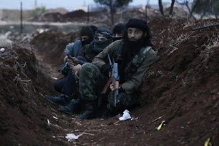 HTS Dan Rezim Syiah Suriah Terkunci dalam Pertempuran Sengit di Suriah Barat Laut, Puluhan Kombatan Tewas