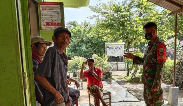 Dengan Cara Komsos Personel Jajaran Kodim 0207/Simalungun Laksanakan Himbauan Patuhi Protkes