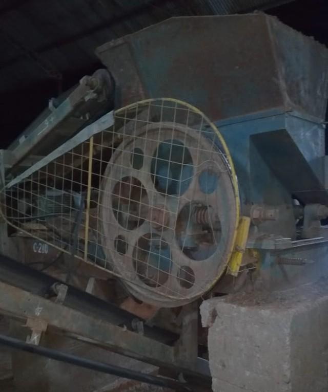 Funcionário de empresa de cerâmica do interior do Ceará morre ao cair de cabeça em maquinário