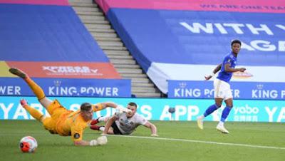 """Video Leicester 2-0 Sheffield United: """"Người nhện"""" xuất sắc, thắng lợi nhẹ nhàng"""