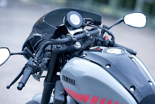 MANILLAR XSR900 Abarth