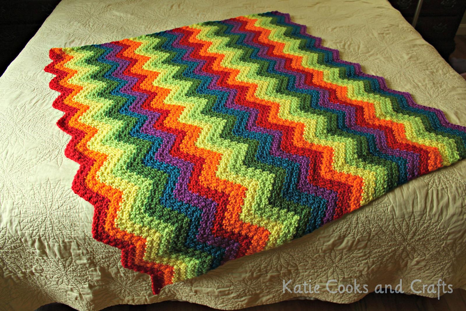 Katie Cooks and Crafts: Rumpled Ripple Rainbow Crochet