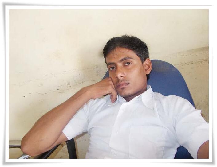 Dcrazy Admin Sharuf Khan Top Hindi Blogger