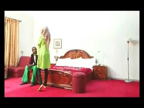Kalli Abinda Rahama Sadau Tayi Da Wani Kato A Hotel [New