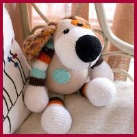 Perro amigurumi de colores