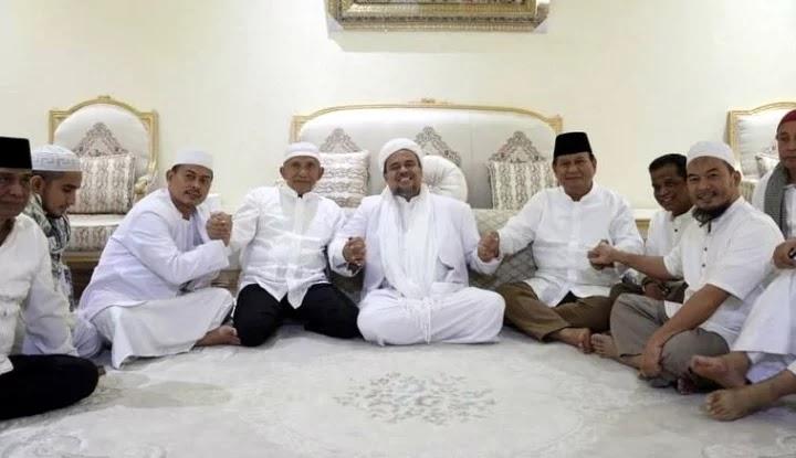 Novel 212: Jika Parpol Gaet HRS, Pasti Untung Besar, Prabowo?