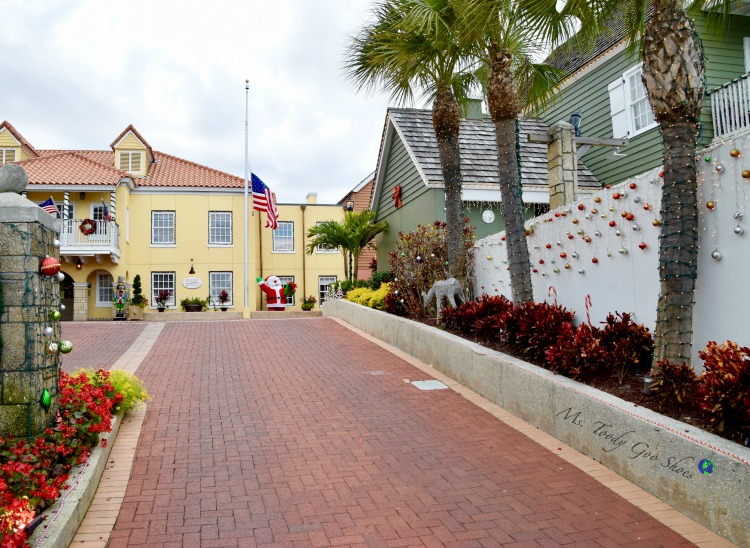 Avenida Menendez - One of 8 Things To Do in St. Augustine, Florida | Ms. Toody Goo Shoes